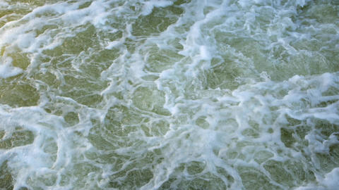 Turbulent streams of water in the sea or river. The power of nature, a ビデオ