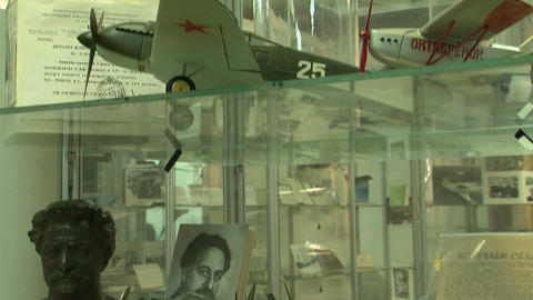 Model aircraft in the museum Stock Video Footage