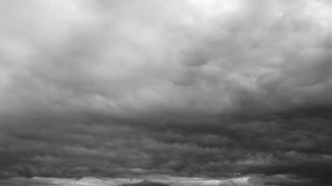Stormy Dark Cinematic Epic Timelapse Clouds ビデオ