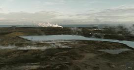 Aerial view of Gunnuhver hot springs and geothermal power plants in Iceland ビデオ
