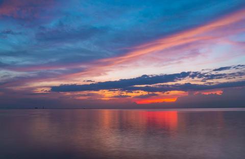 Landscape sunset beautifu in the sea Photo
