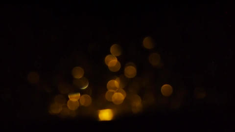 Bokeh effect with rain on window in the night Archivo