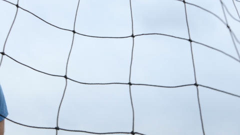 Soccer ball hitting net slo mo 4 Live影片