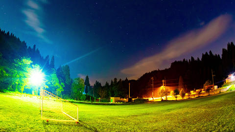 Starry sky night lapse at the park in Niigata 4K wide shot zoom out Live Action