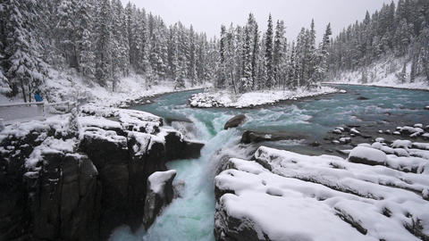 4k Sunwapta Falls and Sunwapta river on the icefield parkway Live Action