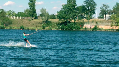 Wakeboarding on the Danube in Vienna ビデオ
