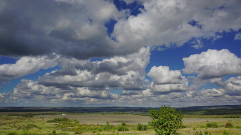 summer landscape with cloudy sky, timelapse Footage