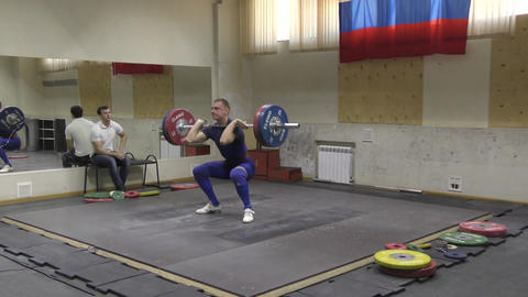 Orenburg, Russia, December 17, 2017 years: the boys compete in weightlifting Archivo