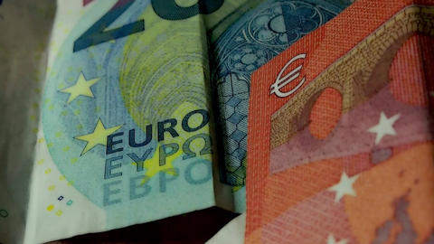 Euro Banknotes Live Action