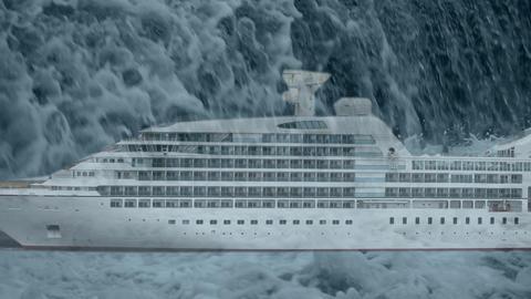 rogue wave falls on cruise ship ビデオ