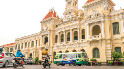 Time lapse of Ho Chi Minh City Hall in early morning, Vietnam Live Action