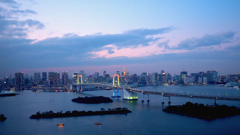 TimeLapse - Daytime to night scenery in Tokyo and Tokyo bay - Zoom out Acción en vivo