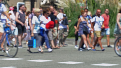 Pedestrians unfocused in summer Footage