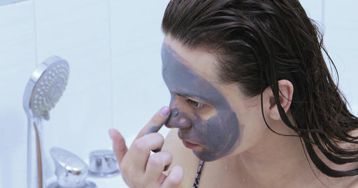 Drawing a black mask on the face Live Action