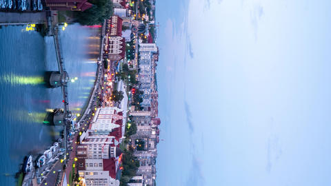 Vertical video. In the evening, the lights of the city of Kaliningrad are lit. 영상물