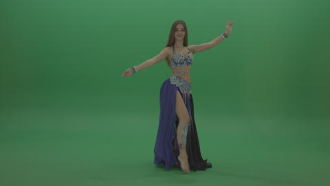 Cute belly dancer in purple and black wear display amazing dance moves over ライブ動画