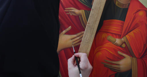 The nun painted the Orthodox icon Footage