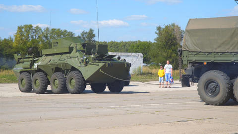 Russian infantry fighting vehicle. Worth the armament of the Russian Army Live Action