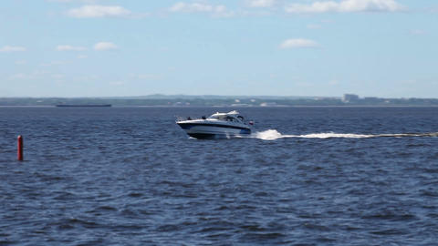 high-speed yacht at sea Live Action