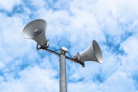 Loudspeakers on sky background Fotografía