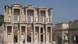 Turkey Ephesus Ephesos Efes famous Celsus Library & Mazeus and Mythridates Gate Archivo