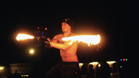 Artist perfoming fire show 영상물