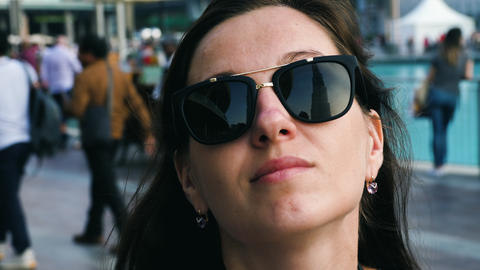 Reflection of Burj Khalifa in in sunglasses Archivo