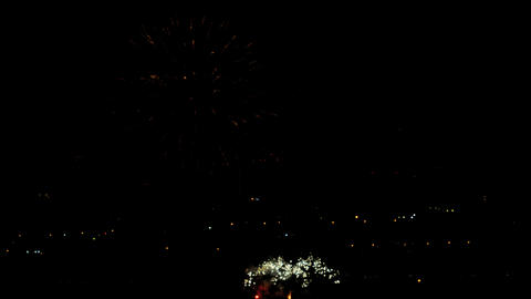 Fireworks flashing in the night holiday sky Archivo