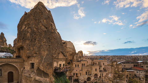 Night in Cappadocia time lapse with Cappadocia city skyline in Goreme, Turkey ビデオ