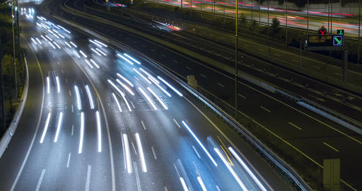 Night scene of traffic and roads.Time Lapse - Long exposure - 4K Archivo