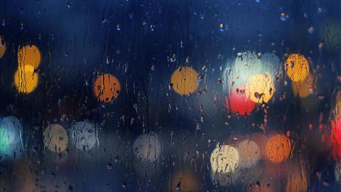 Raindrops on Window ビデオ