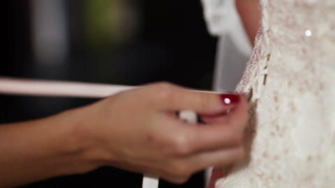 Lacing wedding dress Live Action