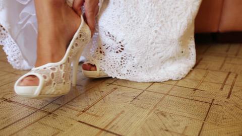 Lace wedding shoes Live Action