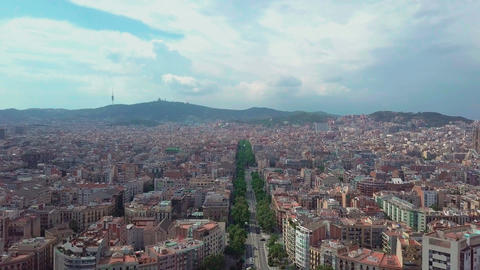 Aerial view de Espa a in Barcelona, Spain. Roundabout city traffic, top view. 4K Footage
