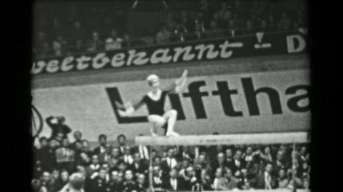 1966: Věra Čáslavská Czechoslovakia balance beam 16th Artistic Gymnastics Wo Footage