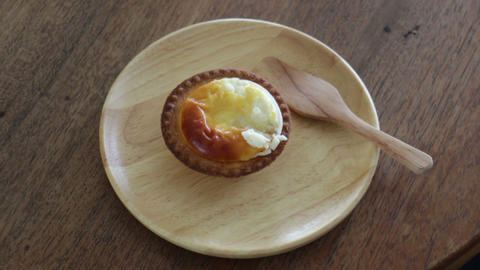 Enjoy Delicious Of Quality Cheese Tart Live Action