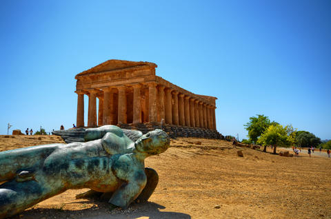 Valley of Temples Agrigento, Italy, Sicily フォト
