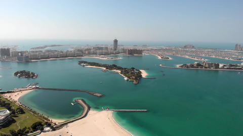 Panorama of the Palm Island Jumeirah Live Action