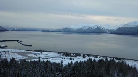 Winter flight in Alaska Live Action
