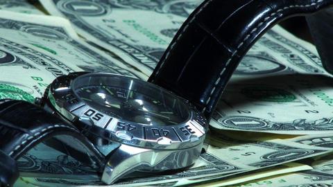 Time is money ビデオ