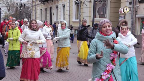 Singing and dancing of the Hare Krishnas ビデオ