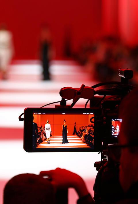 Televison Camera Broadcasting a Fashion show フォト