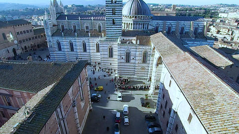 Aerial view of Siena Cathedral in 4k Live Action
