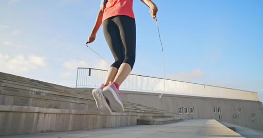 woman sport and rope skipping ビデオ