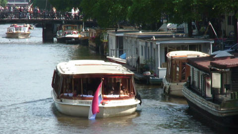 Tour boat driving in Amsterdam Live Action