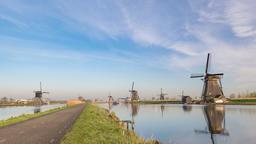 Dutch Windmill time lapse at Kinderdijk Village Netherlands, 4K timelapse Footage