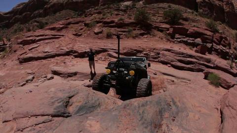Jeep failing at climbing Live Action