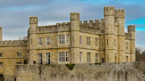 Time-lapse of historical Leeds Castle. Cropped Footage