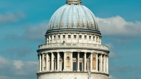 Time-lapse of the top of St. Paul's Cathedral in London. Cropped Footage