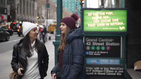 Two girls on a sightseeing tour to New York City Live Action